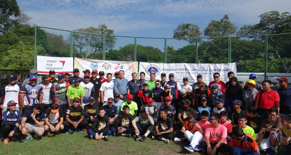 Olympians conduct softball seminar in Malaysia prior to opening of continental congress